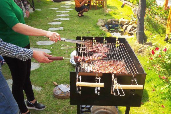 Vườn nướng BBQ ngoài trời